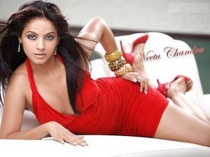 Hot Neetu Chandra Pics Photos