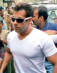 Salman Khan Bodyguard Pictures, Salman sexy photos, wallpapers, pictures and Photo Gallery