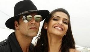 Sonam Kapoor Hot Pics of the film Thank You